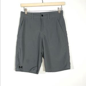 Under Armour Size 27 Gray Loose Golf Shorts